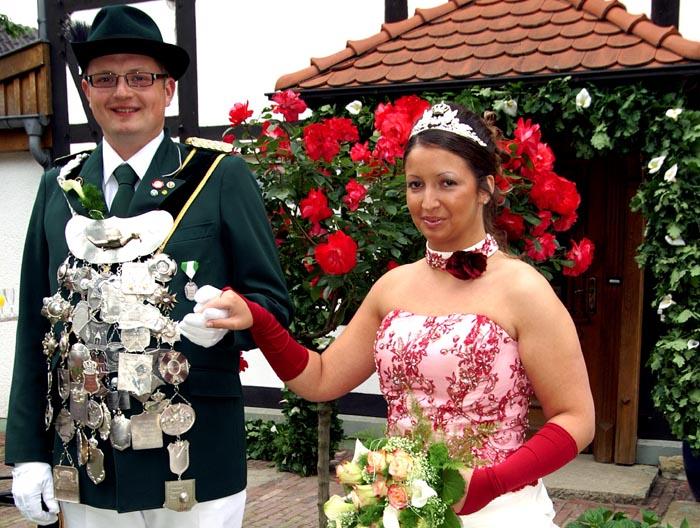 Benedikt Boehmer und Nadine Weiß regieren in Mauke.