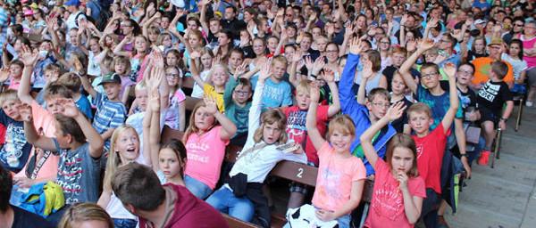 Mit 140 Teilnehmern im Ferienlager in Bruchhausen