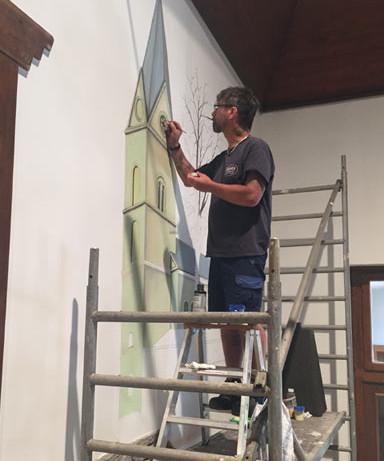 Michael Schütz bringt die Westönner Pfarrkirche in die Schützenhalle