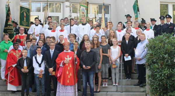 28 Jugendliche aus dem Kirchspiel Westönnen emfingen das Sakrament der Firmung