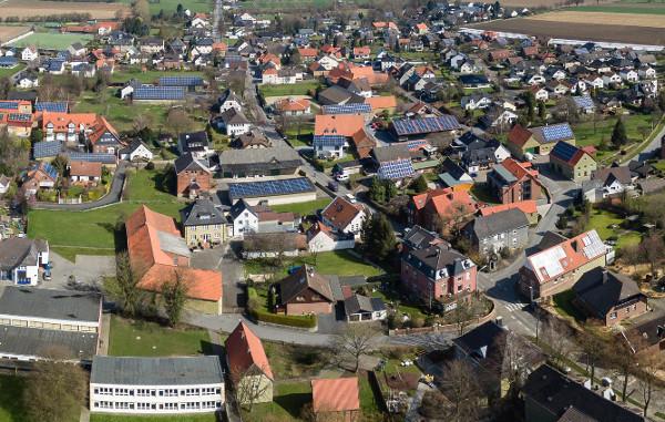 Westönnen Online präsentiert ein im März erstelltes Panoramabild von Westönnen - zum Panorama