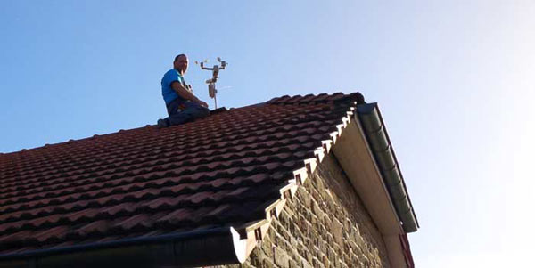 Westönnen Online installiert eine Wetterstation