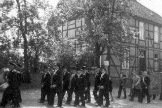 Grundsteinlegung am Jugendheim