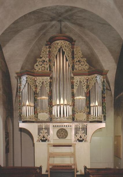 Die gotische Orgel (entnommen www.ostoennen.de)
