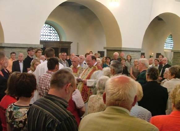 Die Westönner Orgel erhält einen Zimbelstern