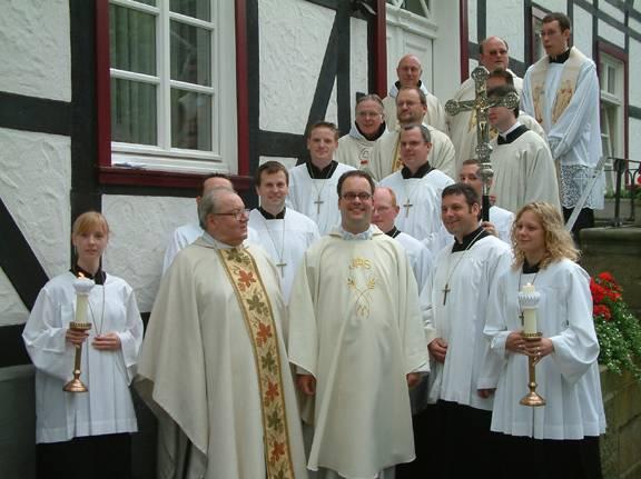 """""""Ich habe euch Freunde genannt"""" - Heimatprimiz von Neupriester Patrick Wegener"""