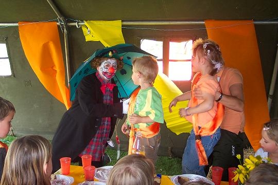 Clown in der Kinderoase
