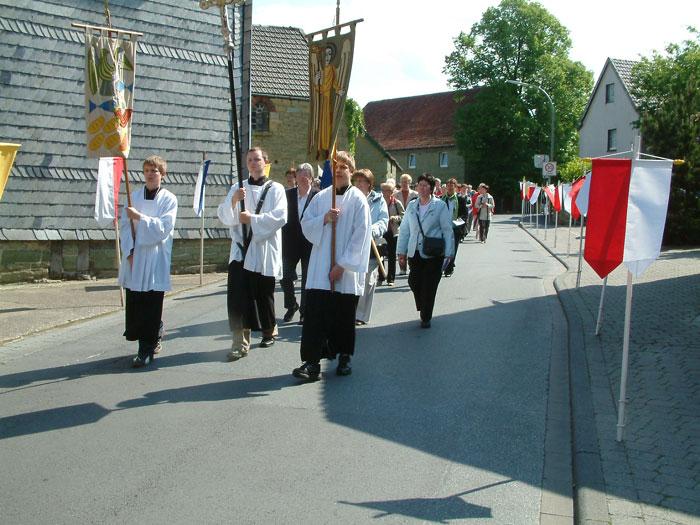 Die Prozession nähert sich