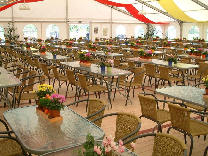 """Restaurant im Zelt """"mohltiet"""""""