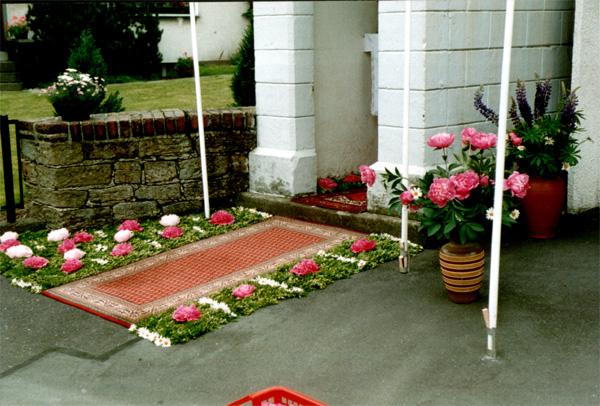 Ein dekorativer Blumenteppich