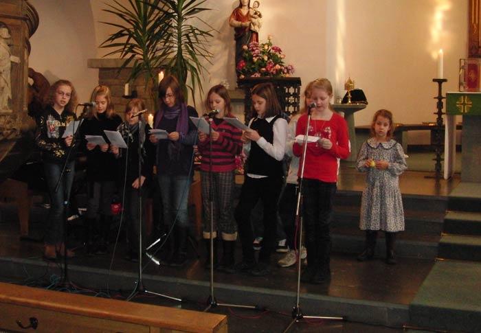 Die Kinder übernahmen die musikalische Gestaltung des Familiengottesdienstes am Sonntag, wählen durften sie noch nicht