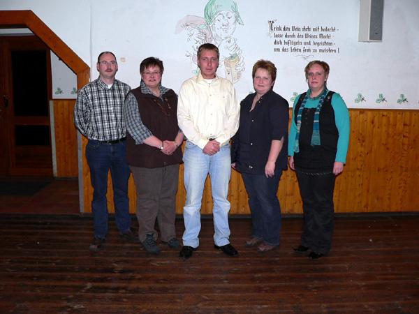 Der Vorstand v.li. Dirk Fromm, Silvia Keweloh, Stefan Schriek, Gaby Lutter und Sonja Keweloh. Es fehlt die 1. Vors. Elisabeth Risse, die an diesem Abend verhindert war.