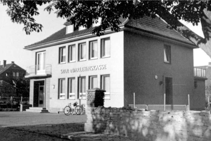 Bankgebäude, 1958 – 1996