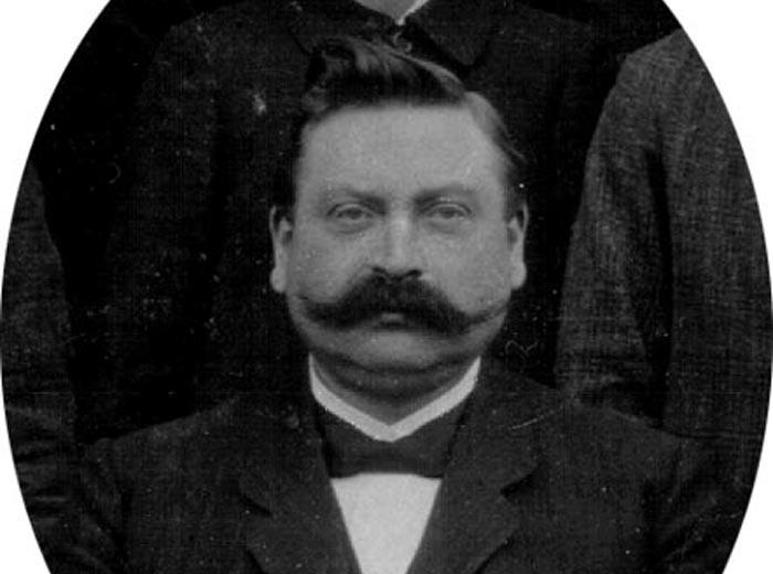 Lehrer Asshoff (Westönner Lehrer von 1902 - 1925, ab 1911 Hauptlehrer)