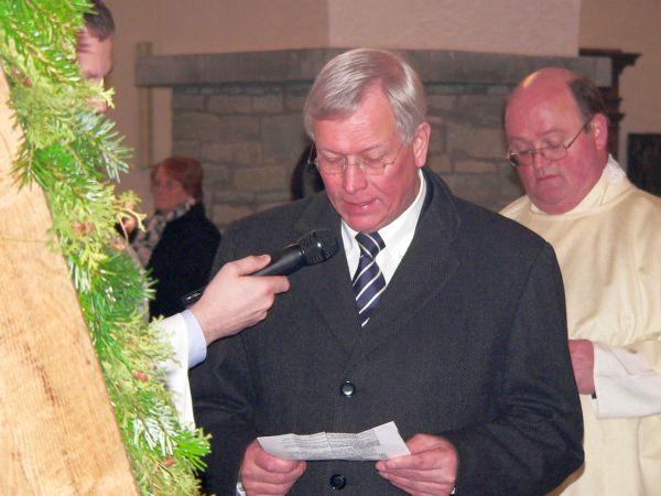 2-Landtagspräsident von NRW, Herr E. Uhlenberg als Pate der Dachreiterglocke bei der Glockenweihe