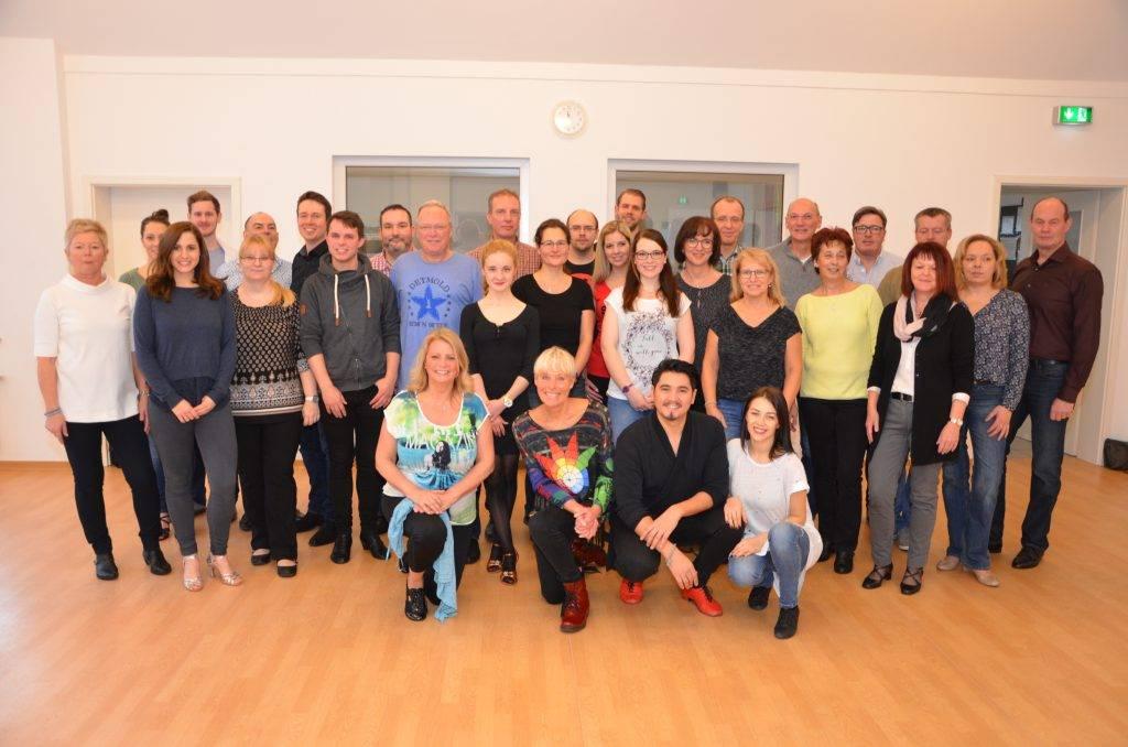 Die zahlreichen Teilnehmer vom Let?-Dance Workshop