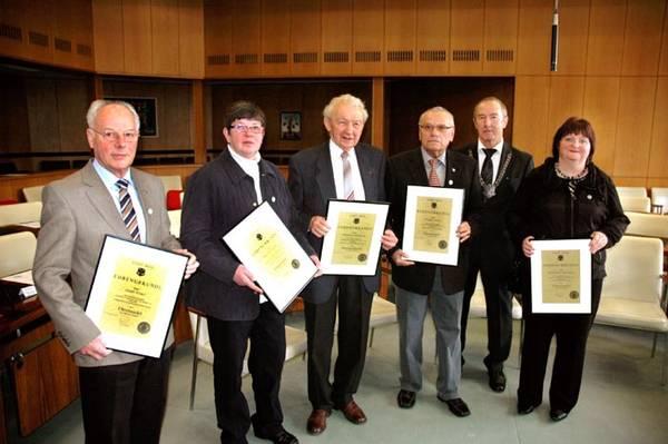 Petra Boehmer und Rudi Kliemt erhalten Ehrennadel der Stadt Werl