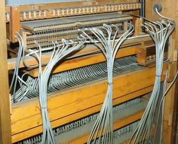 Bei der Renovierung der Orgel konnte man auch interessante Einblicke in das Innere des Spieltisches gewinnen.