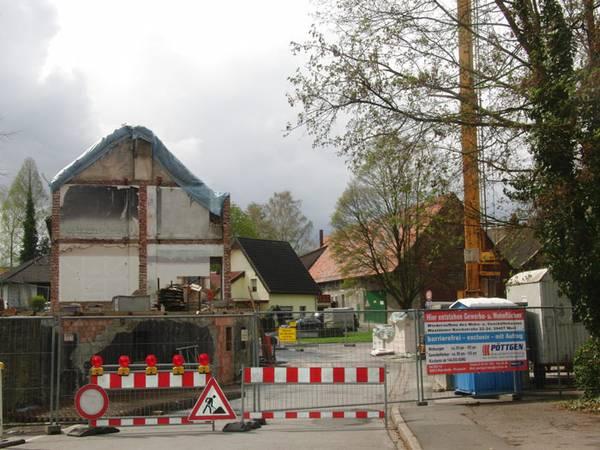 Nervte die Westönner das ganze Jahr - die Baustelle Kirchstrasse