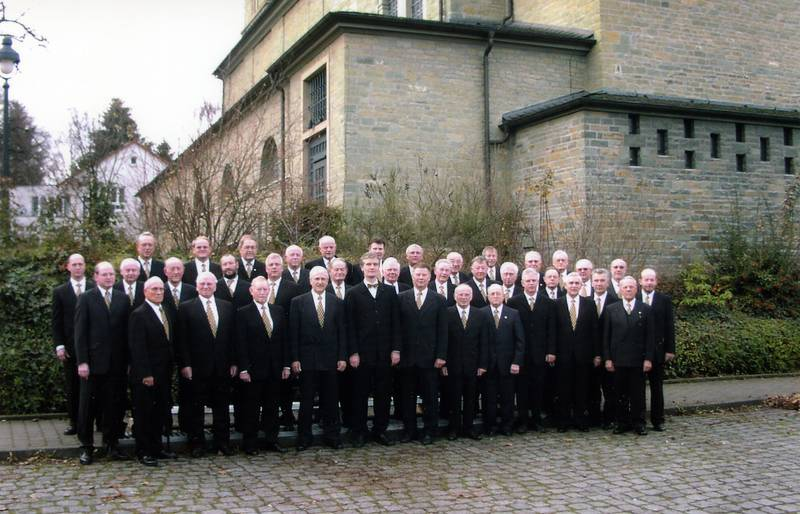 """Der MGV """"Cäcilia"""" zum 150jährigen im Jubiläumsjahr 2004"""